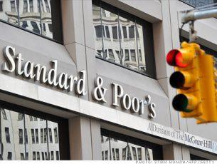 S&P Türkiye'nin kredi notu görünümünü düşürdü